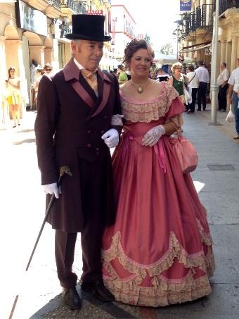 Pareja vestida de época en Feria Ronda Romántica