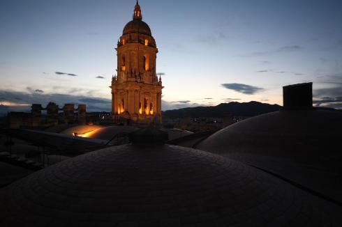 Catedral de Malaga al anochecer