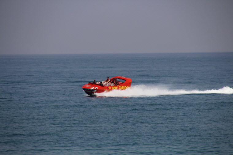 Gran Tiburón lancha a motor en Benalmadena