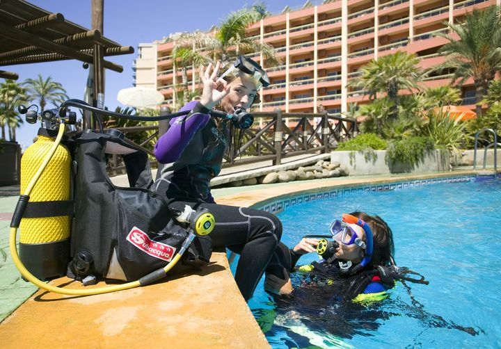 Clases de Buceo en Sunset Beach Club