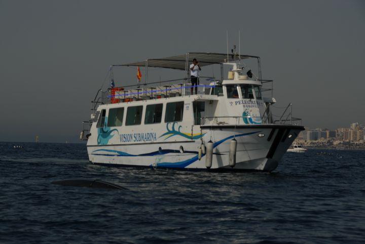 Barco con vista submarina